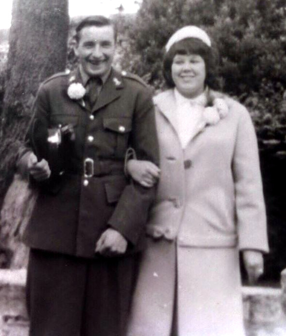 Dave and Pauline on theier wedding day in 1963. Dave is in his army uniform
